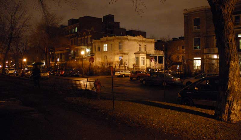 The Casa Bianca B&amp;B in Le Plateau, a Montreal neighbourhood